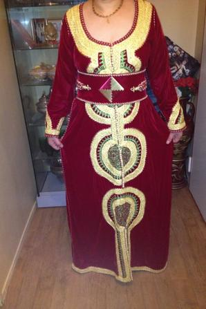 CAFTAN VELOURS ROUGE BORDEAUX