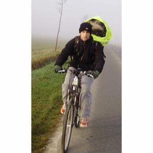 Peter sur son vélo entre Montdidier & Albert