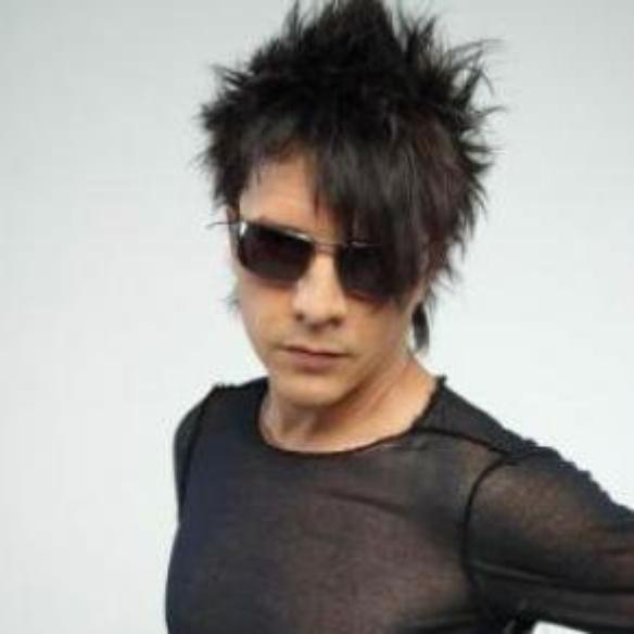 coiffure ann e 80 rock punk de nicola sirkis nostalgies des annees 80. Black Bedroom Furniture Sets. Home Design Ideas